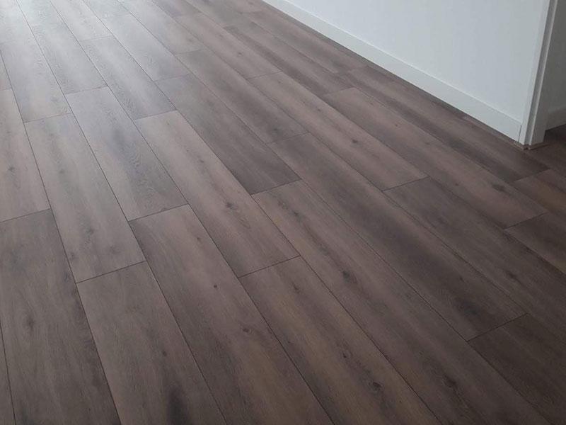 vloer-leggen-barneveld-specialist-bruin